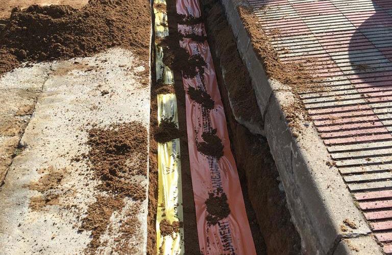 Excavacions font servei de canalitzacions