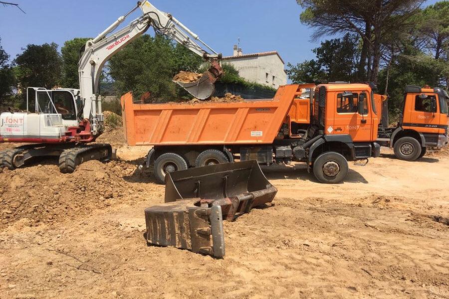 Excavacions font servei d'excavacions