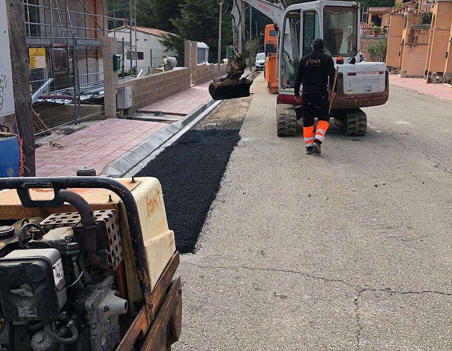Excavacions font servei de manteniment urbanitzacions